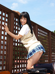 Yuri Hamada Asian is so naughty that shows bum under skirt out