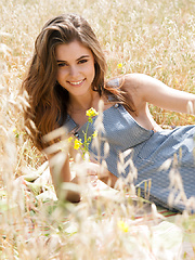 Amberleigh West stay gold