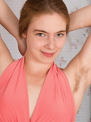 Alice Wonder strips and shows off her hairy body